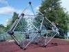 Gode og sikre legepladser - Her et udfordrende og sikkert klatrestativ - DALPIN
