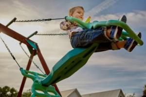 inspektionsplan Dreng der gynger og leger